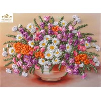 Бродерия с ленти  - Полски цветя във ваза